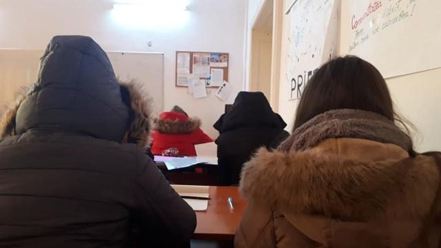 frig in scoala